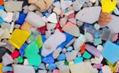 Microplastics-(Wolfram-Burner,-Flickr)-small-(web)